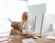 9 Helpful Books for Online English Teachers